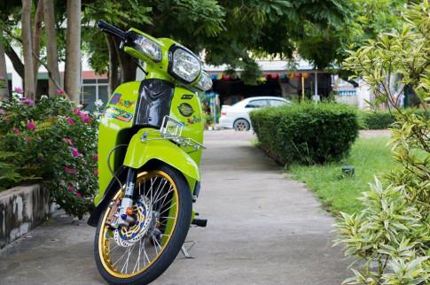 Cub Fi do tinh te mang ve dep khong ti vet cua biker Thai