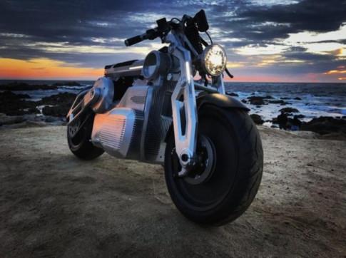 Curtiss Motorcycle ra mắt xe máy điện mới nhất của mình dưới cái tên Zeus.