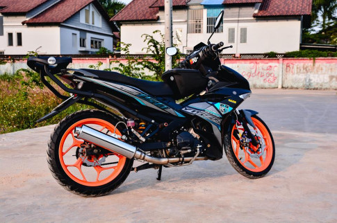 Exciter 150 do tao net dep rieng voi phong cach Y15ZR cua biker Dong Nai