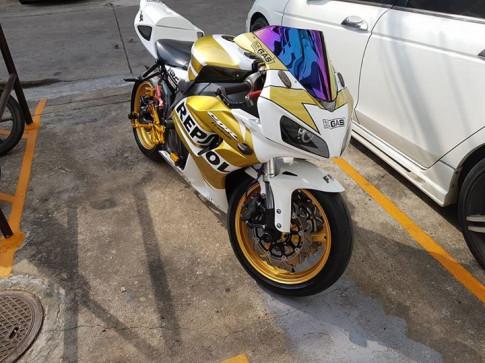 Honda CBR1000RR sức hút khó cưỡng từ option tinh tế