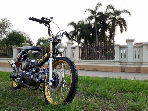 Honda Cub do dang cap voi phong cach Bobber bui bam cua biker nuoc ban