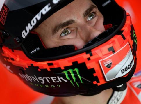 Jorge Lorenzo chi con dua 2 nam o MotoGP