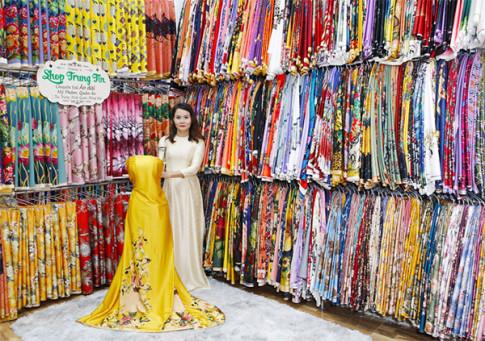 Khám phá thiên đường mua sắm shop Trung Tín