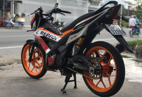 Sonic 150R do kieng dam chat the thao voi phong cach Repsol