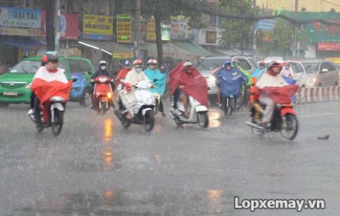 Thay lốp xe máy phù hợp cho mùa mưa và những điều cần lưu ý