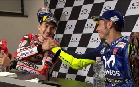 Valentino Rossi: 'Lorenzo tai Honda se gay kho khan cho cac doi thu khac'