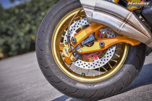 Yamaha Force 155 độ - nữ thần cá tính với tone màu hồng của biker xứ Đài