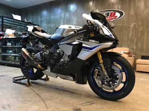 Yamaha R1M bản độ hào nhoáng từ BB Superbike
