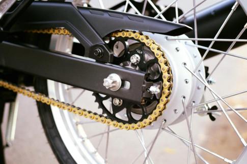 Yamaha Spark 135 do - su hoi sinh trong ve dep nguyen thuy cua biker Ca Mau