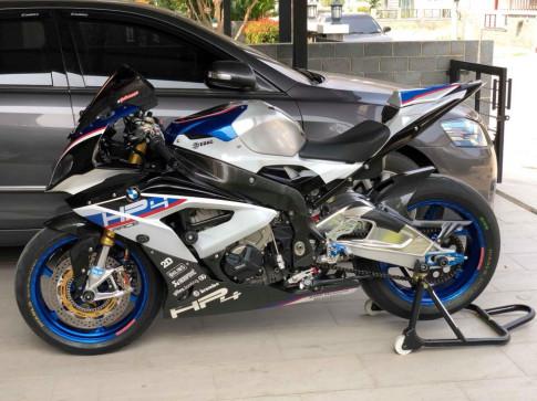 BMW S1000RR xuat hien gay choang ngop voi cau hinh khung