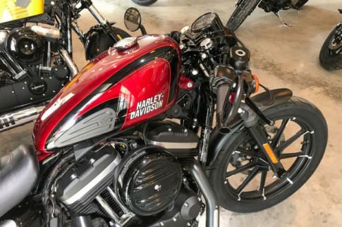 Dai gia 'Minh Nhua' mạnh tay ruóc sieu phảm Harley-Davidson Iron 883