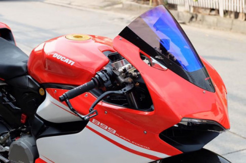 Ducati Panigale 899 do sieu ngau va day hap dan voi phong cach SuperLeggera