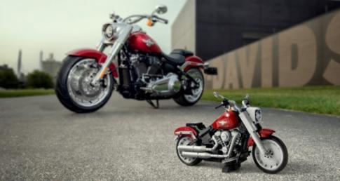 Harley-Davidson Fat Boy ra mat cung bo suu tap mo hinh do choi LEGO Creator expert