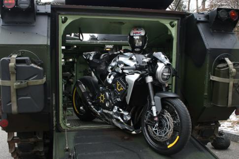 Honda CB1000R do dau tien theo phong cach Camo den tu Gannet Design