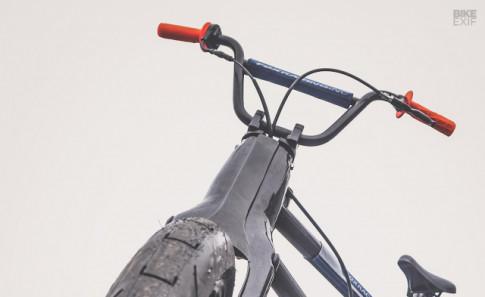 Honda Cub hóa than thành xe dap BMX khién cả thé giói bát ngò
