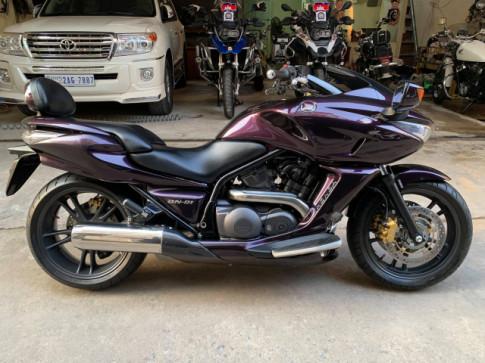 Honda-DN-01-750cc-ABS đời 2008 cực đẹp sơn zin máy zin 100% cực êm