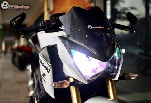 Kawasaki Z800 đầy sức hút với tone màu trắng tinh khôi