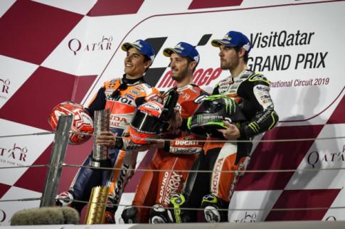[MotoGP 2019] Kich ban nam ngoai tai hien - Andrea Dovizoso lai danh bai Marc Marquez o GP QATAR