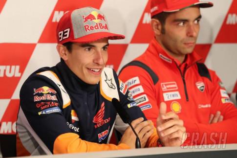 [MotoGP 2019] Marquez giữ vững lập trường thay đổi riêng của mình, không xài chung với Lorenzo