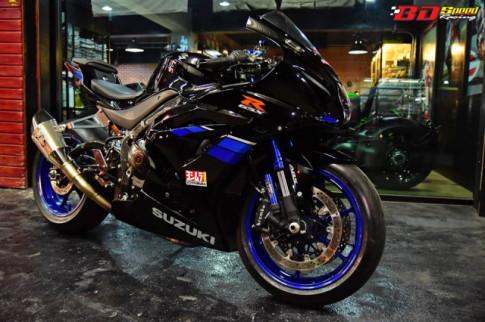 Suzuki GSX-R1000 thay doi hoan hao voi tone mau Blue Racing