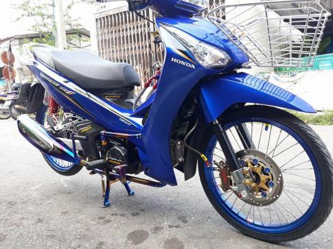 Wave 125 do day mau sac cua Biker Thai Lan