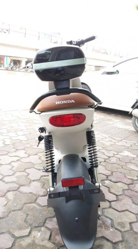 Xe máy điện Honda H1 tự tin kiêu hãnh