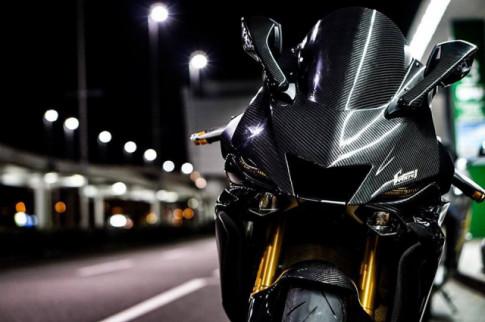 Yamaha R6 do - Man nhan voi body full Carbon hiem thay