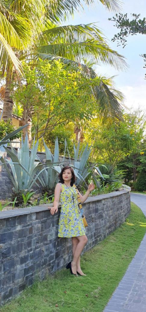 Hang thung Rubi: Trang mua sam thoi trang cuc uy tin va chat luong cho cac chi em