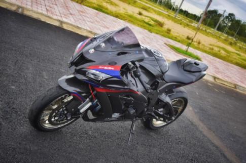 Kawasaki ZX-10R duoc nang cap hoan hao voi dien mao cuc chat tren dai dat chu S