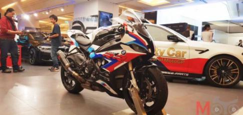 Soi chi tiet BMW S1000RR Official Bike MotoGP tai Thai Lan
