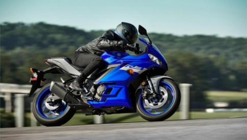 Yamaha R3 2020 chính thức ra mắt với màu sắc mới