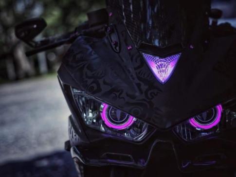 Yamaha R3 do loi cuon voi phong cach Black Pink